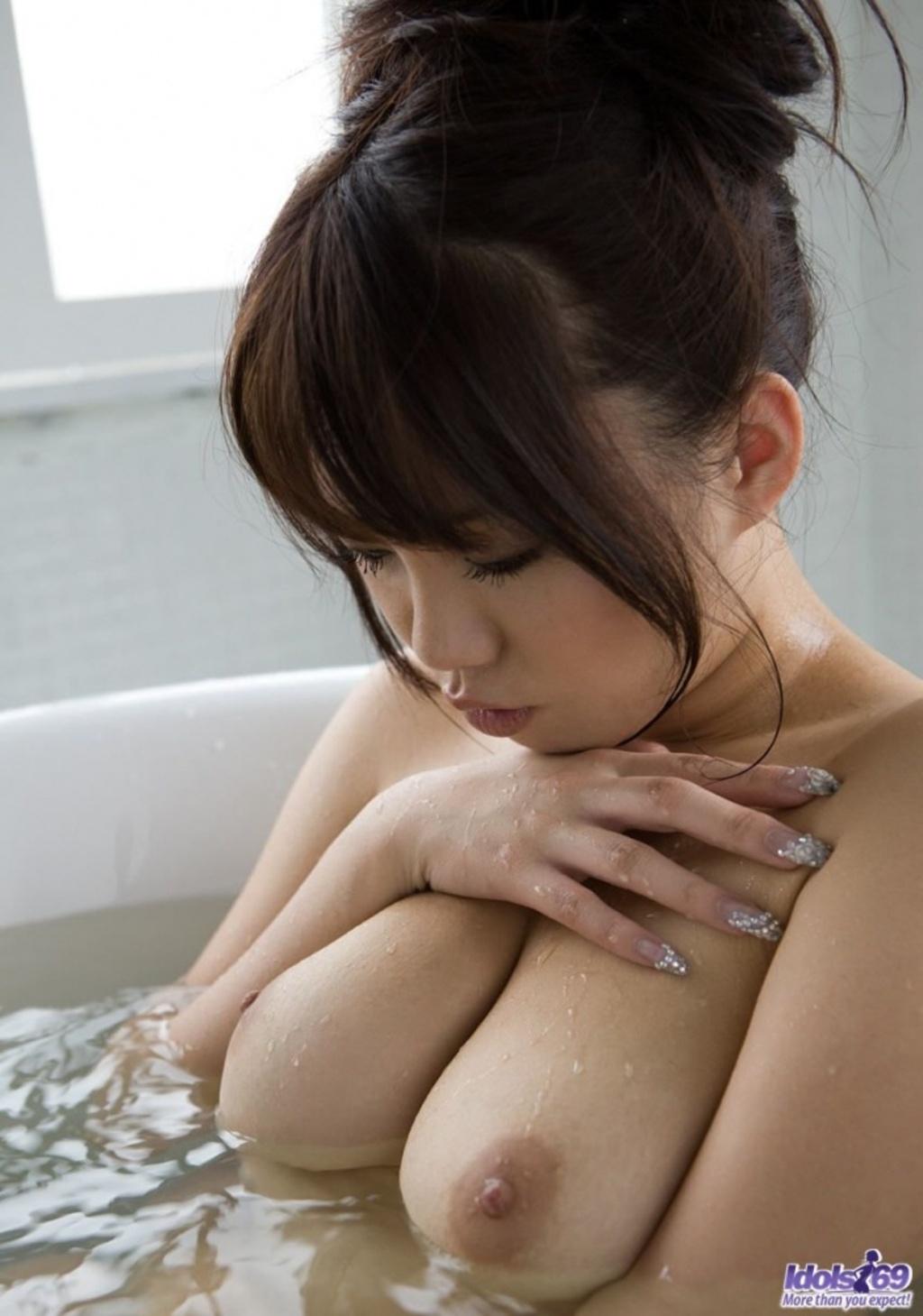 Японки секс в ванной 8 фотография