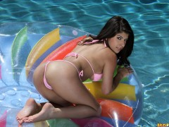 bikini_riot_339_006