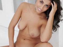 nadia_65894_4