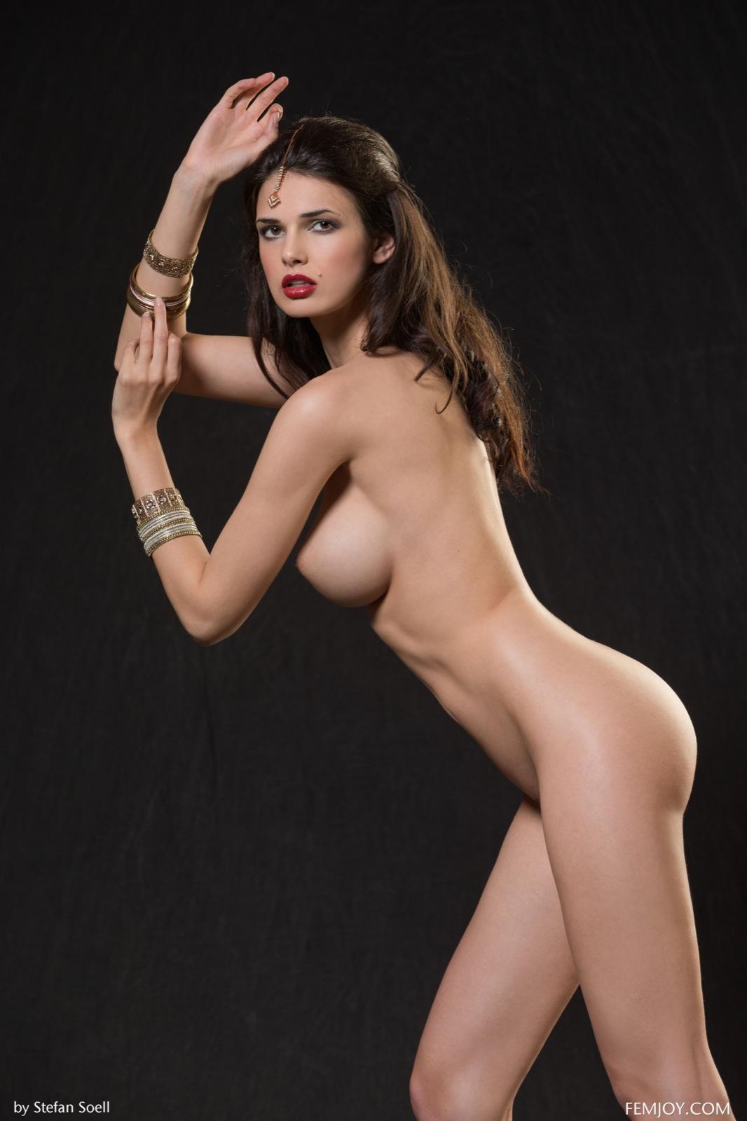 Фото голые индисски девушки 25 фотография