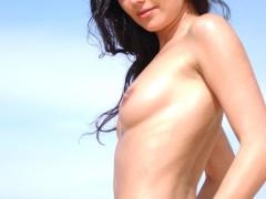 three_nymphs_on_the_beach_15