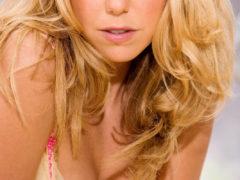 08 1 240x180 - Słodka i seksowna blondi