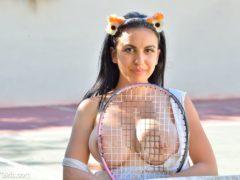 07 21 240x180 - Cycata tenisistka