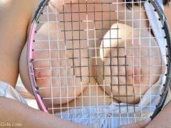 08 21 240x180 - Cycata tenisistka