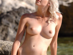 14 7 240x180 - Super blondi nad oceanem
